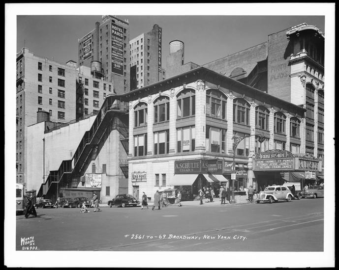 Th Street Broadway Movie Theater